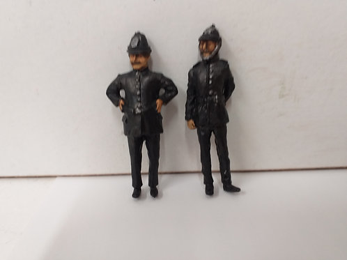 Policemen (Set of 2)