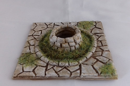 O Gauge Decorative Paving with Well
