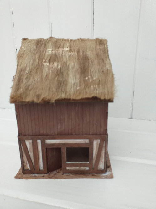 28mm House and Hay Barn