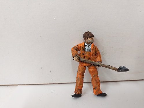 O Gauge Workman in Overalls with Shovel