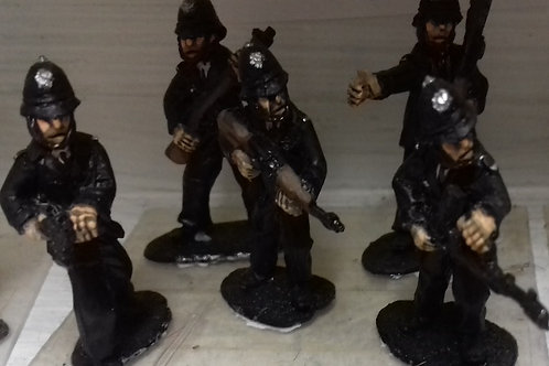 Police with Metropolitan Type Helmet (various weapons)
