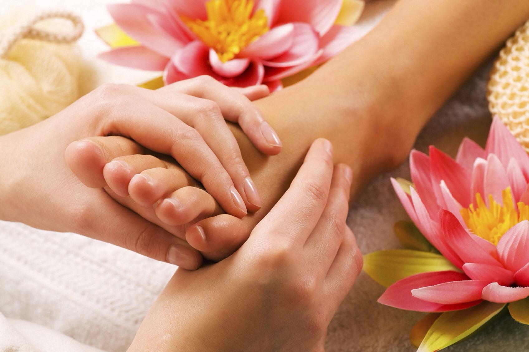 Thai Foot Massage/Reflexology 30 Mins