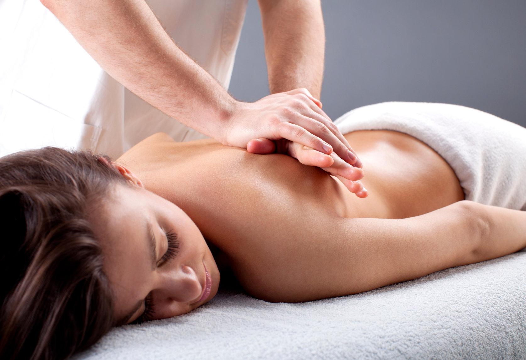 Deep Tissue Massage 30 Mins