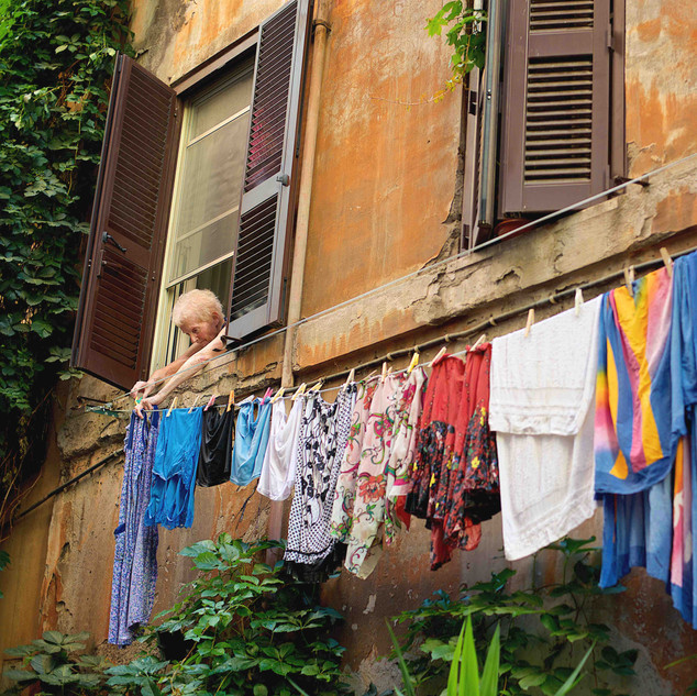 Photographing Trastevere as it was