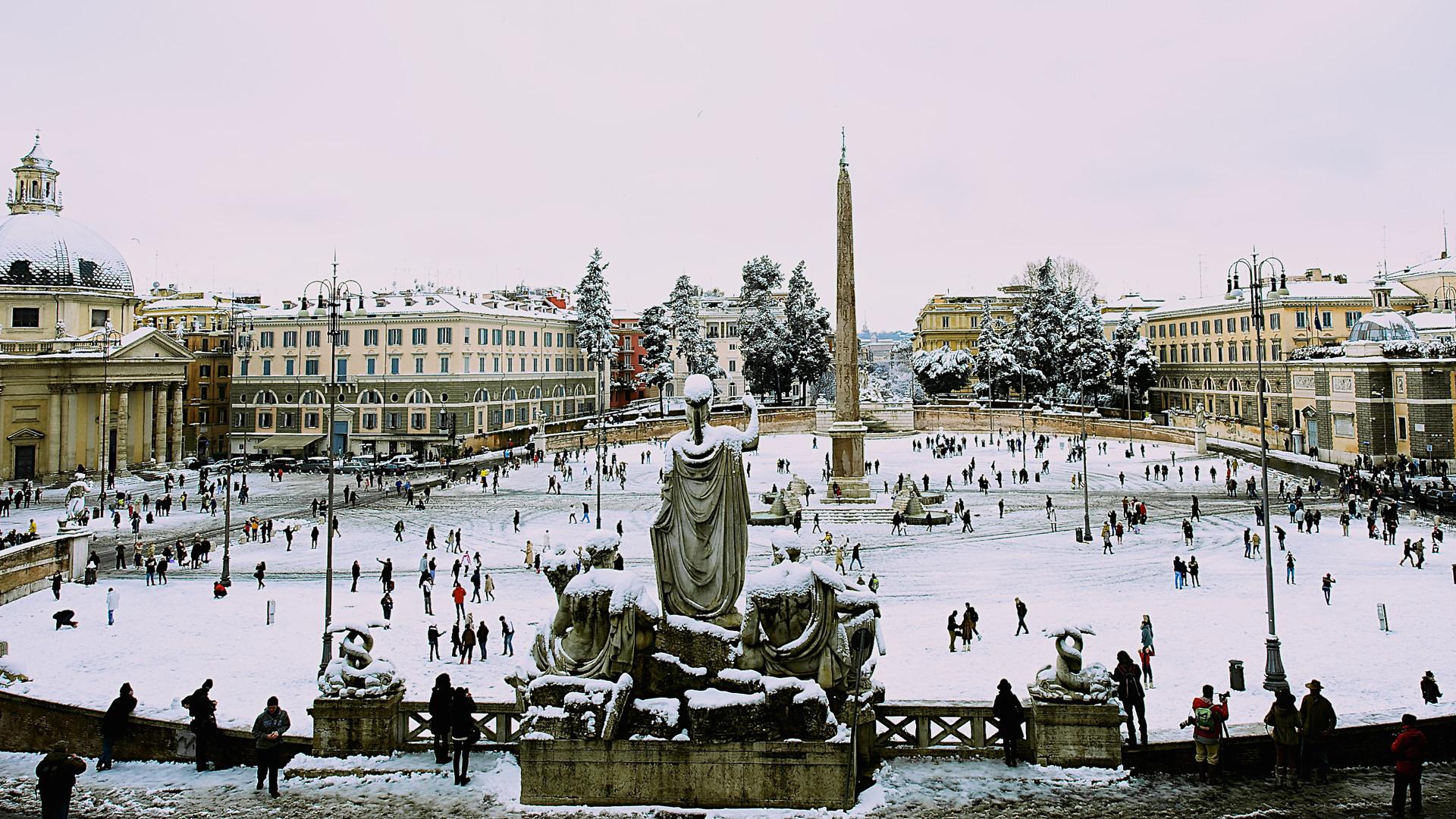 Piazza del Popolo under the snow, Rome