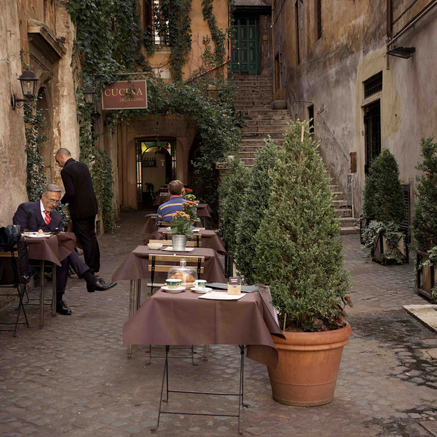 Photographing elegance in Rome
