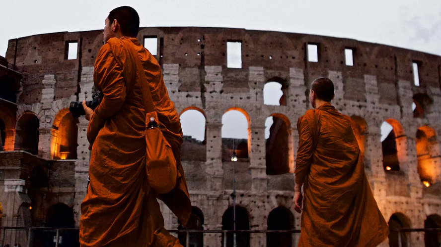 Paradox in the eternal city: Buddhist monks at the Colosseum. Capture life with Unique Rome Photo Tour from Dusk to Dawn by Giulio D'Ercole