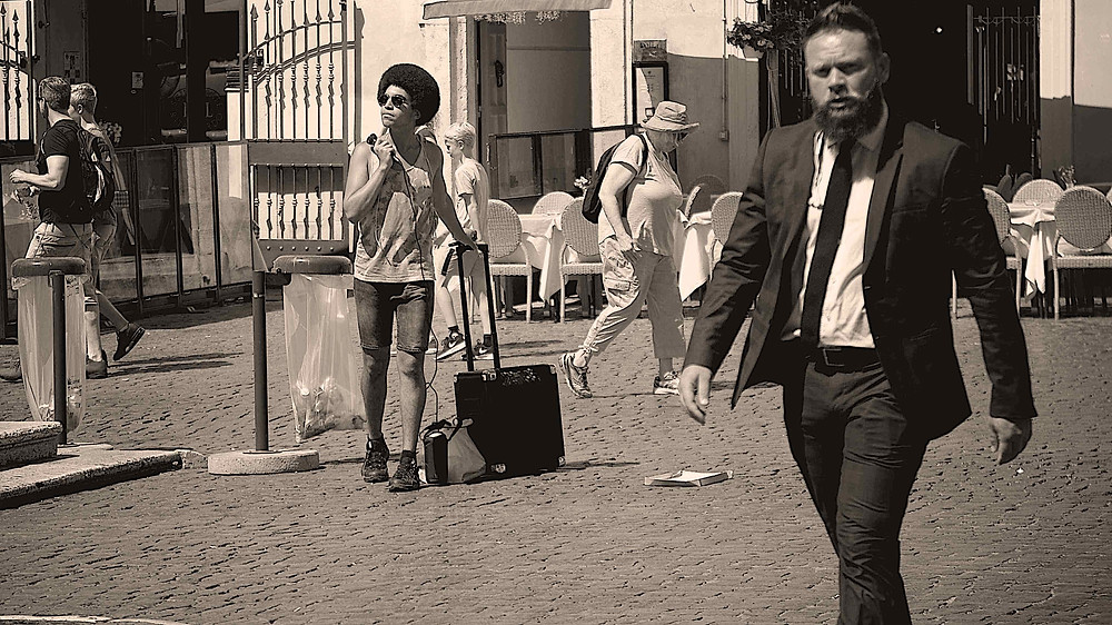 Learn Street Photography with Giulio D'Ercole and Rome Photo Fun Tours, on a Rome by Day Street Photography tour. You'll capture life in the making.