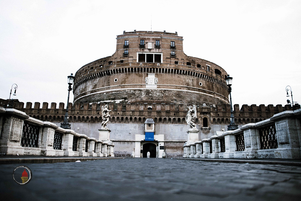 Iconic beauties of Rome will be your models on Giulio D'Ercole, Rome Photo Fun Tours' hand-on photo workshops in Rome