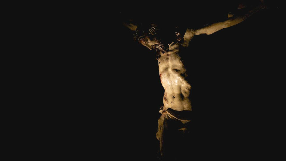 Jesus' Crucifixion, Rome Photo Fun Tours