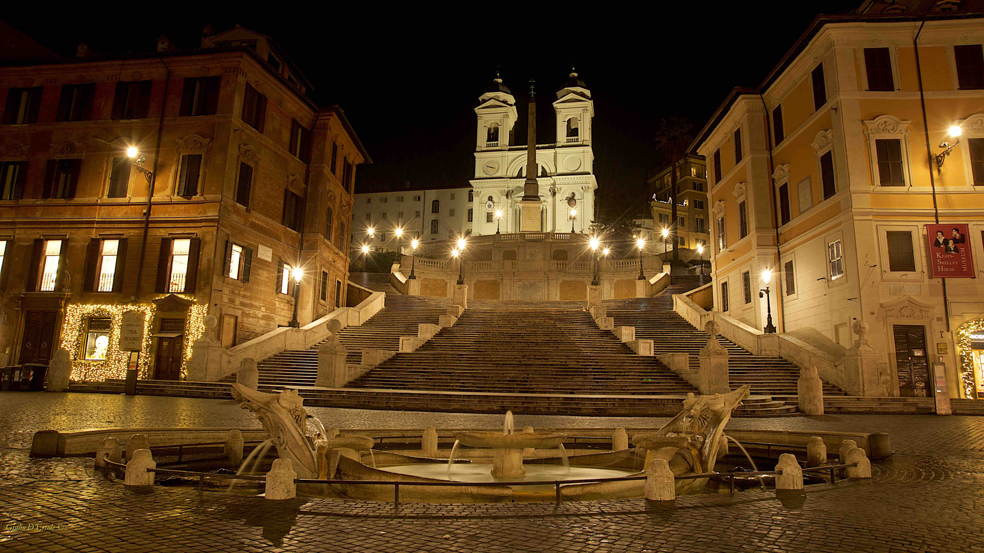 Piazza di Spagna with Rome photo fun tours