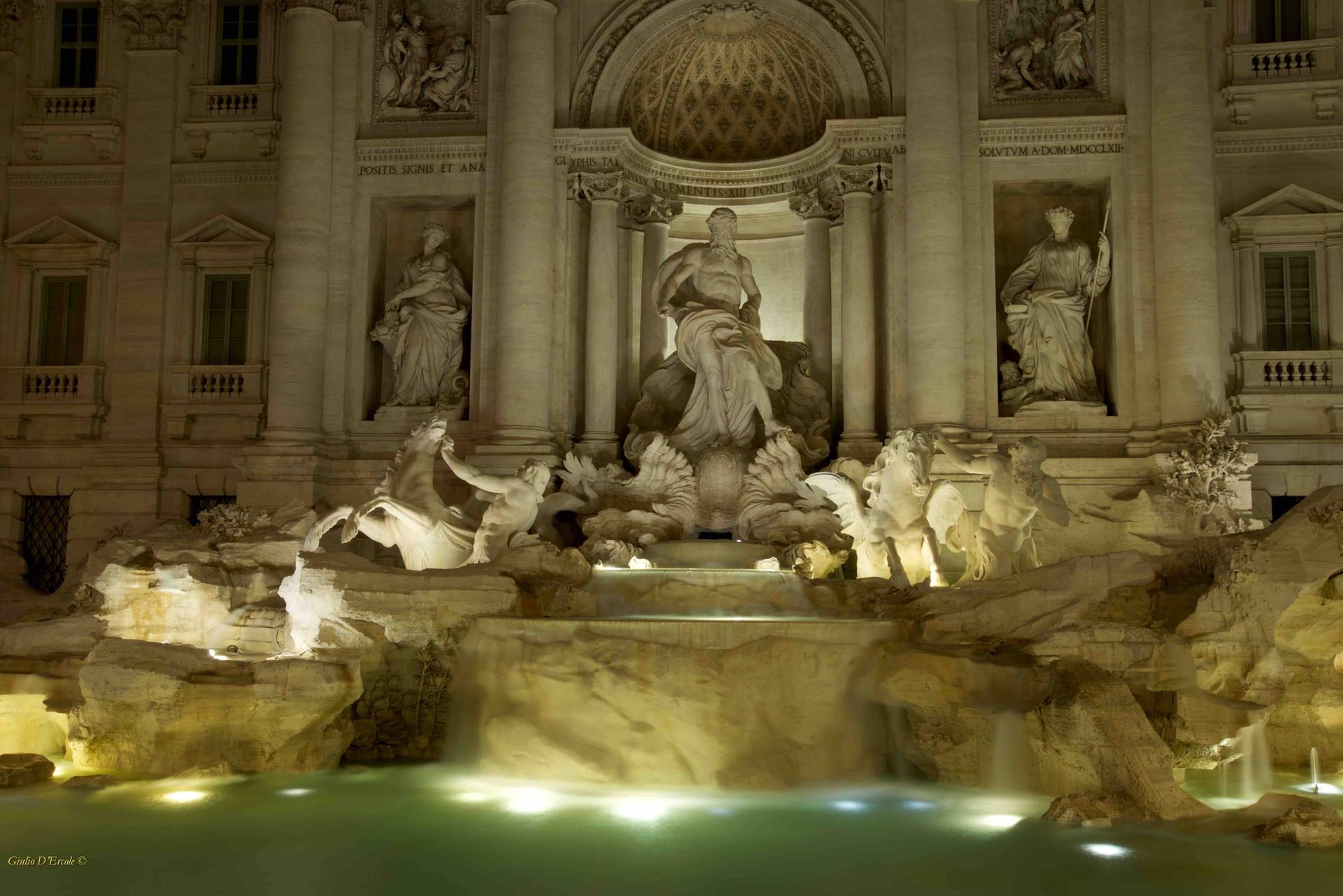 Trevi Fountain, Rome Photo Fun Tours
