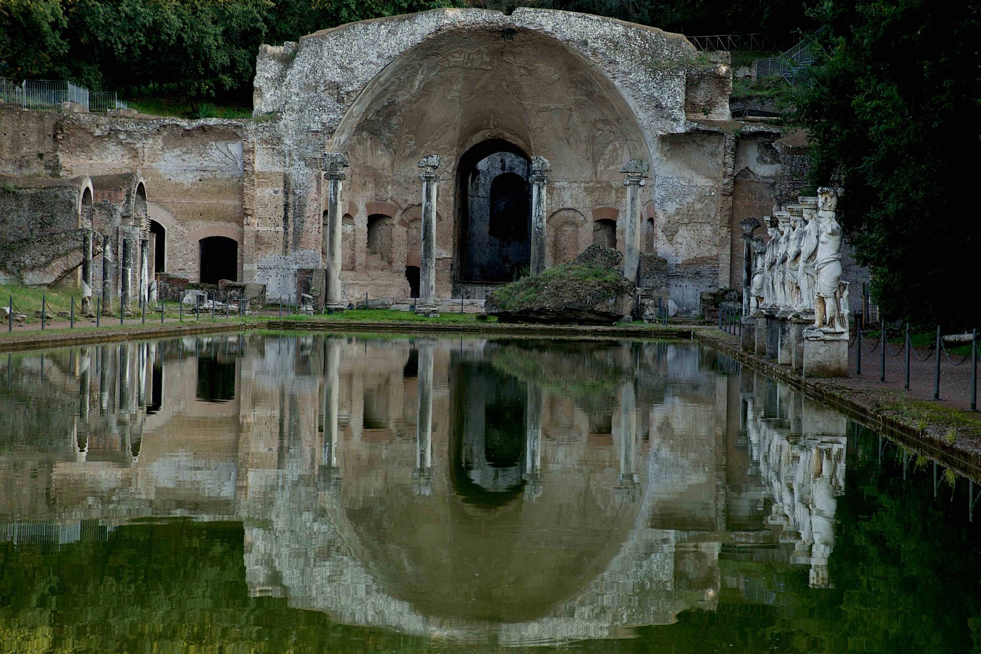 Villa Adriana, the Swimminpool 9442.jpg