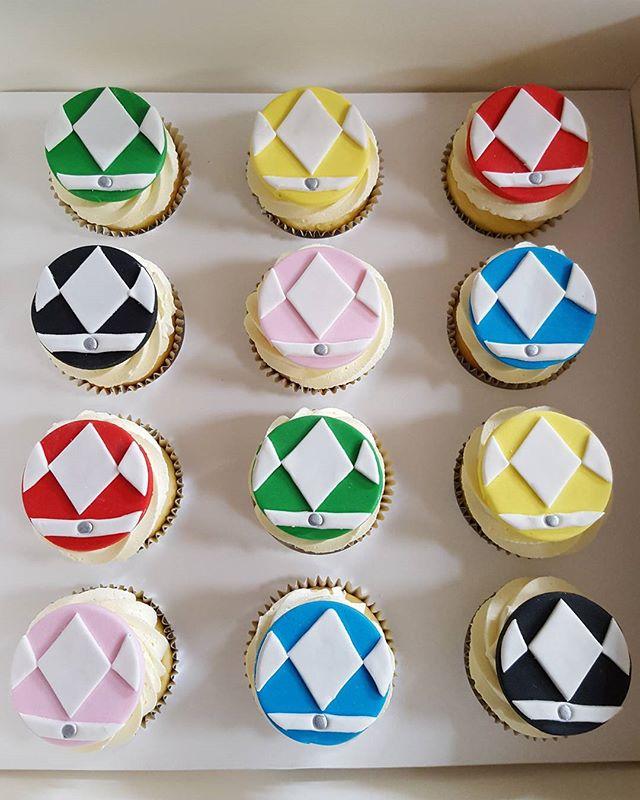 Power ranger cupcakes _#kidspartyideas #boys #powerranger #cupcakes #pemulwuycupcakes #homebaking #s