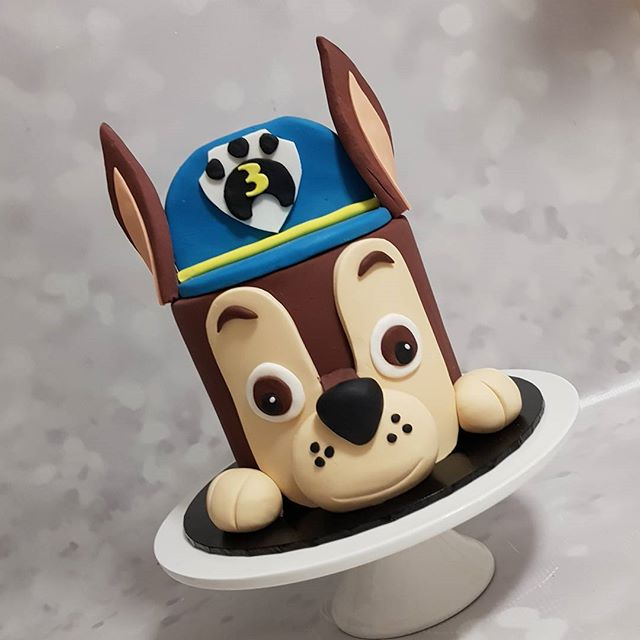 Happiest birthday Alex !__#pawpatrol #chase #boyscakes #three #kidspartyideas #puppy #pemulwuycupcak
