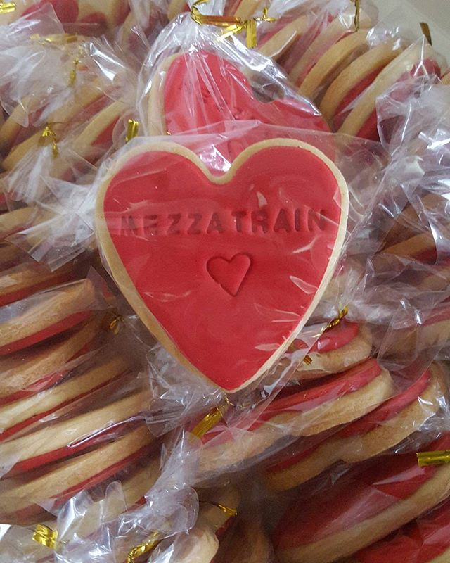 Forgot to post these beauties ♡♡ personalized cookies for #valentınesday for _mezzatrainsydney ♡♡ If