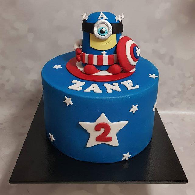 #captainamerica #minions #hybreed #pemulwuycupcakes #birtbdayboy #rainbowinside #handmadefondanttopp