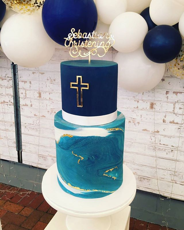 Loved making this one ♡♡ God bless gorgeous little Sebastian ♡ _#pemulwuycupcakes #christening #marb