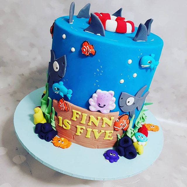 #ocean #happybirthday #five #shark #boysparty #kidspartyideas #cakeart #fish #sealife #nemo #pemulwu