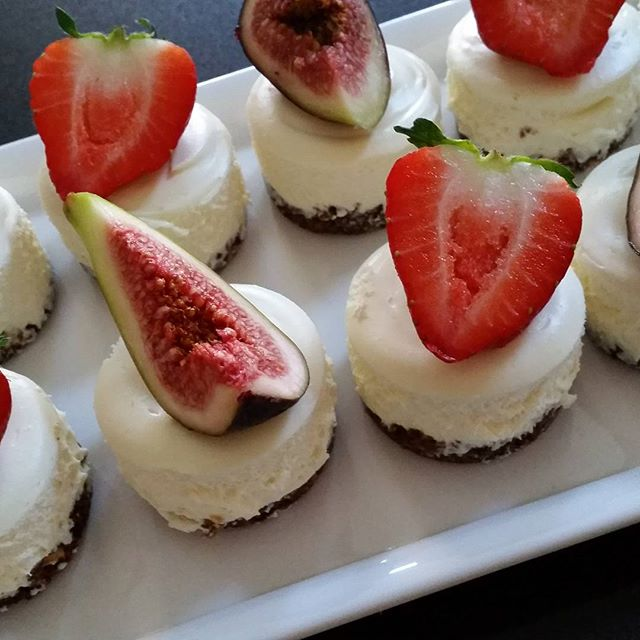 Mini cheesecakes ♡ love the flavour of figs at the moment- so yummy when they are in season! _#homem