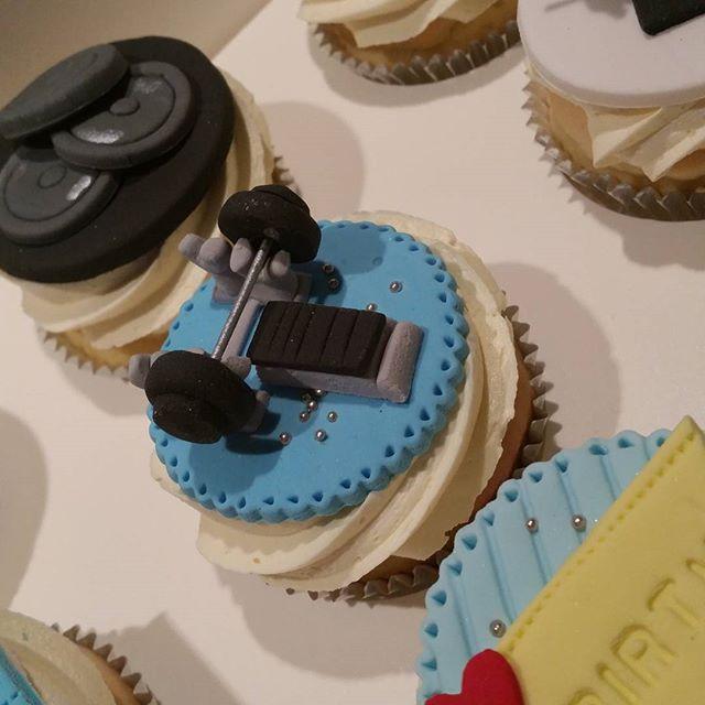 #edibleart #pemulwuycupcakes #gym #cupcakes