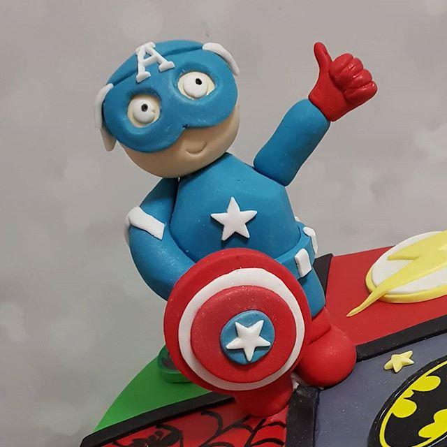 #thumbsup #captainamerica #kidspartyideas #pemulwuycupcakes #weekendvibes
