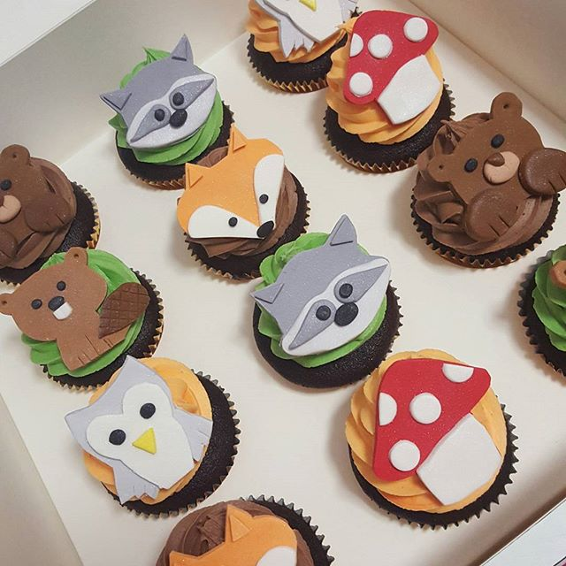 Cutest baby shower cupcakes ♡♡♡ #babyontheway #babyshower #pemulwuycupcakes #woodland #animals #cute