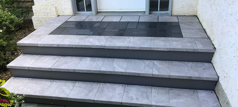 Tanzite_Stone_Deck_Front_Stairs_Low_Main