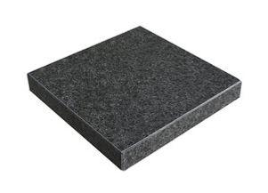 Tanzite_Black_Granite_Corner_Bullnose_St