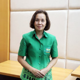 Mrs. Vina Pikulphol