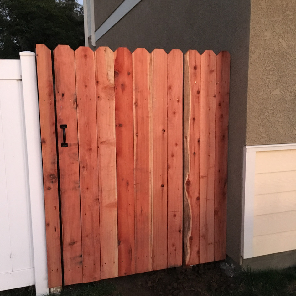 Basic Wood Gate