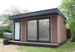 small-high-performance-garden-studio