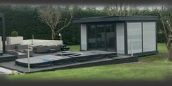 garden-studio-with-swimming-pool