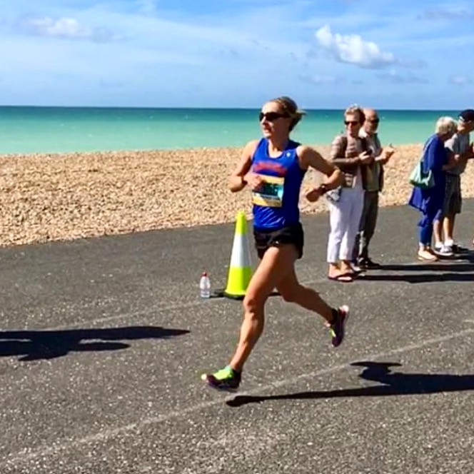 home straight worthing 10k along the seafont