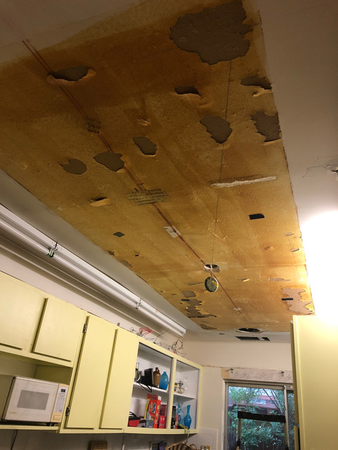 Kitchen before - ceiling demo