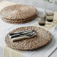 Set of 4 Seagrass Placemats.jpg
