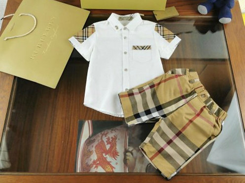 Burberry Button down set