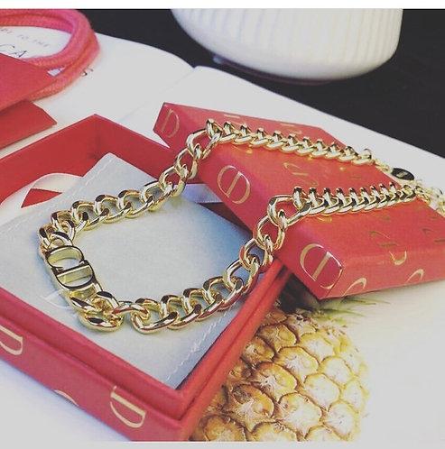 Cd chain