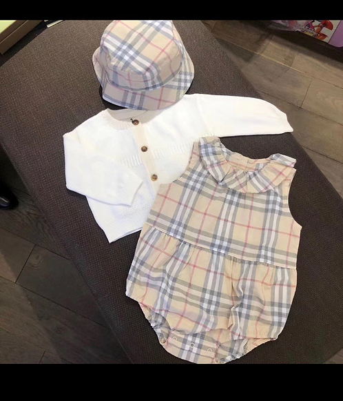 Cutie pie romper and hat set
