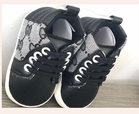 GG black booties