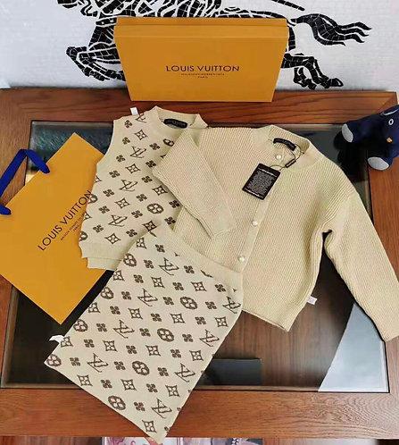 LV 3 pcs Girl suit