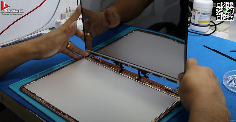 เปลี่ยนจอLCD Macbook Air