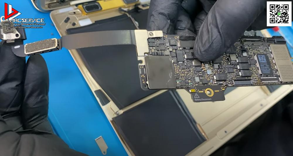 ซ่อม Macbook