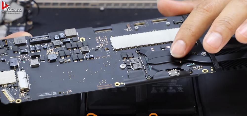 Macbook pro เมนบอร์ดมีปัญหา Cpu เสีย