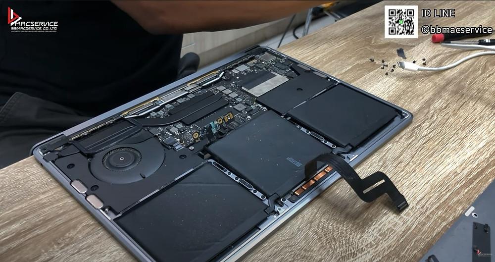 เปลี่ยนแบตเตอรี่Macbook pro