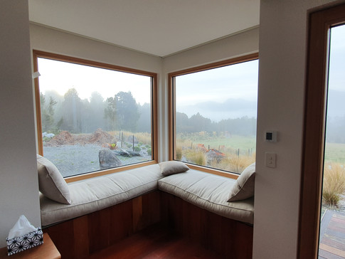 corner windows with bench seats
