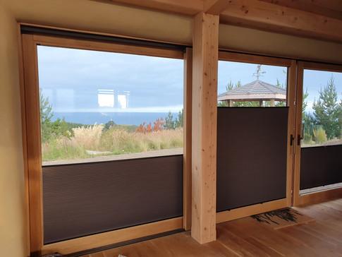 NatureLine lift & slide door with TwinGo blinds