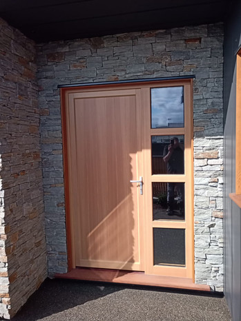 NatureLine 90 front door