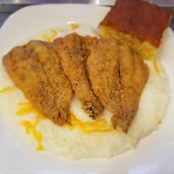 Fish & Chesse Grits w. Corn Bread