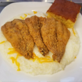 Fish & Chesse Grits w. Corn Bread